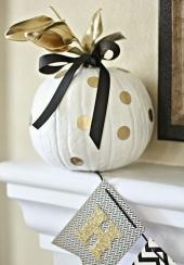 gold-polka-dot-pumpkin
